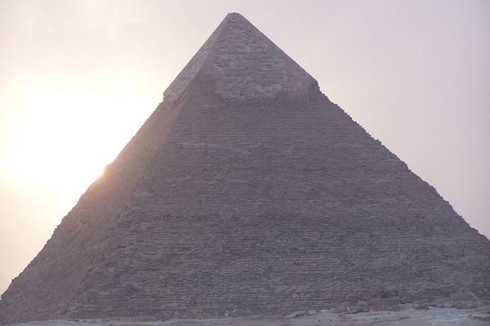 sun set an der Cheops Pyramide